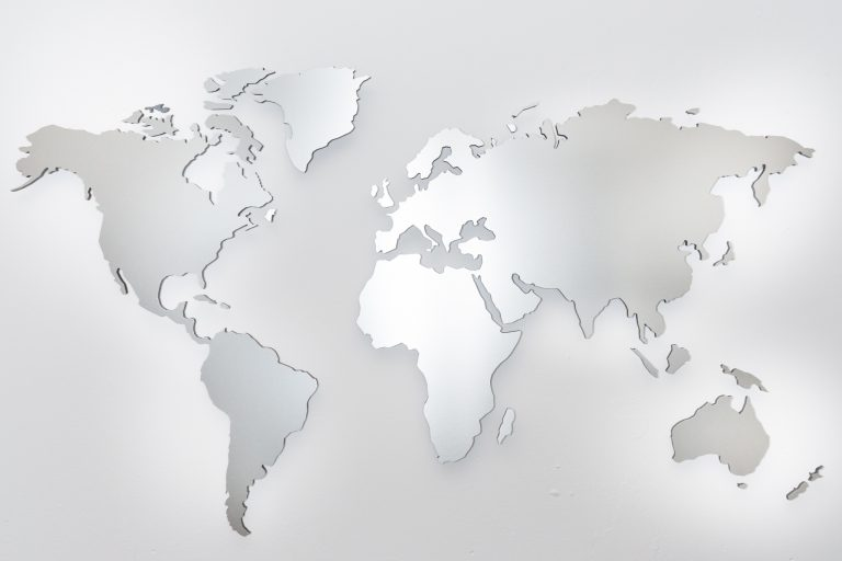wall pictures world map aluminium